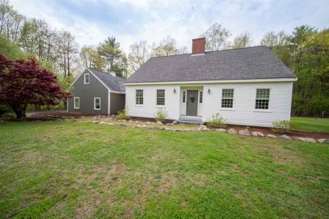 11 Forest Drive East Kingston NH 03827