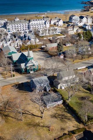14 Church Street York ME 03909