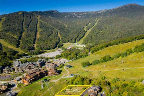 139 National Drive Stowe VT 05670