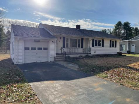 5 Woodland Drive Plaistow NH 03865