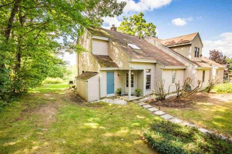 3 Troon Terrace Holderness NH 03245