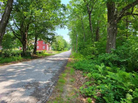 47 County Road Tuftonboro NH 03816
