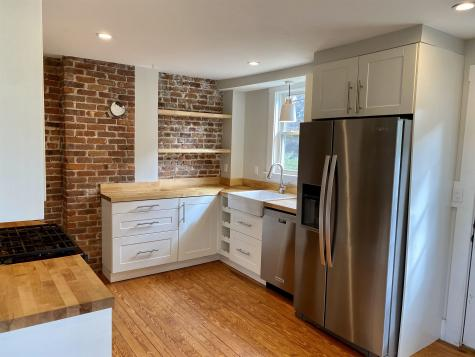 25 Concord Way Portsmouth NH 03801