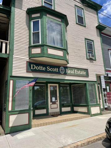 12 Middle Street Lancaster NH 03584