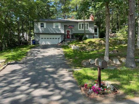 18 Second Avenue Goffstown NH 03045