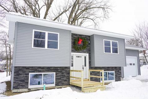 26 Lake Street Alburgh VT 05440