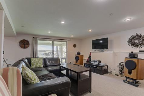 66 Boat House Road Moultonborough NH 03254