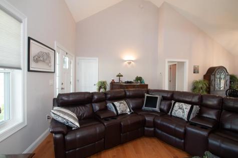 76 Sunningdale Drive Somersworth NH 03878