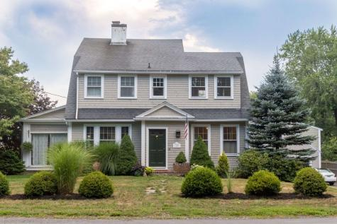 38 Atlantic Avenue North Hampton NH 03862