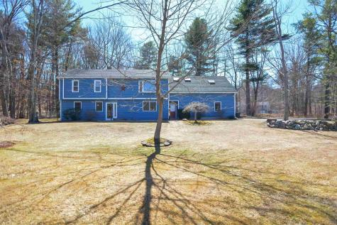 20 Chestnut Hill Drive Londonderry NH 03053