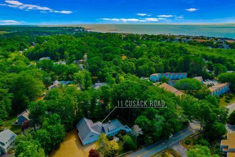 11 Cusack Road Hampton NH 03842