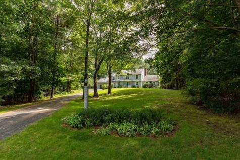 7 Humes Court Stratham NH 03885