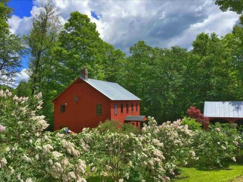 95 Stowell Road Norwich VT 05055