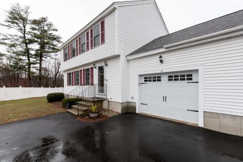 14 Turtle Creek Terrace Seabrook NH 03874