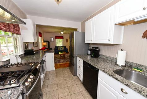 159 Grove Street Conway NH 03860