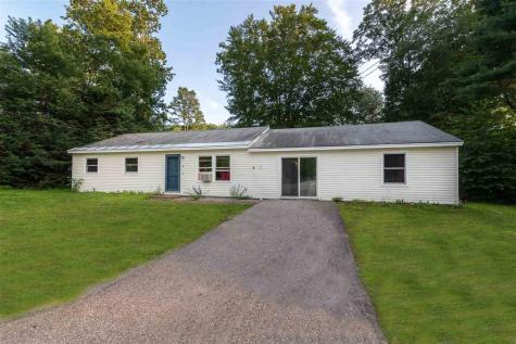 12 Maplewood Avenue Rochester NH 03867
