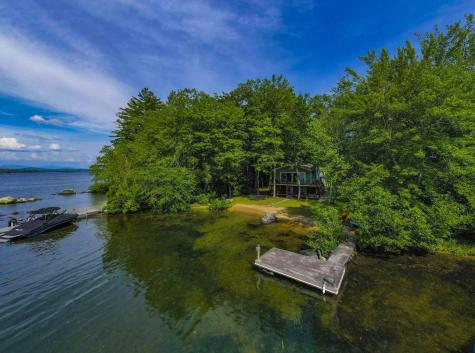 35 Grapevine Cove Road Holderness NH 03245