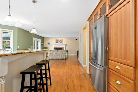 85 Dudley Road Brentwood NH 03833