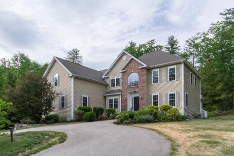 16B Candlewood Drive Amherst NH 03301
