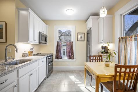 264 Rockland Street Portsmouth NH 03801