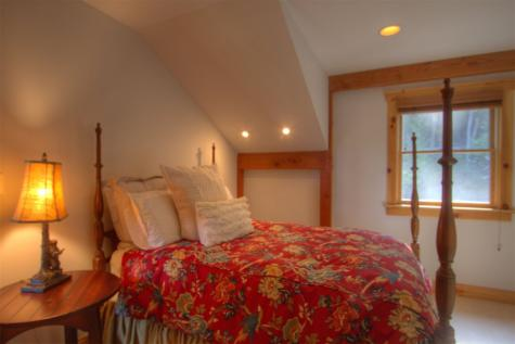 31 Garden Loop Road Winhall VT 05340
