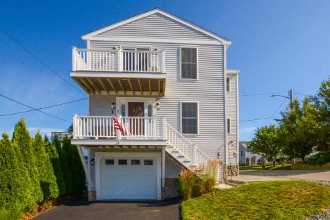 19 Boars Head Terrace Hampton NH 03842