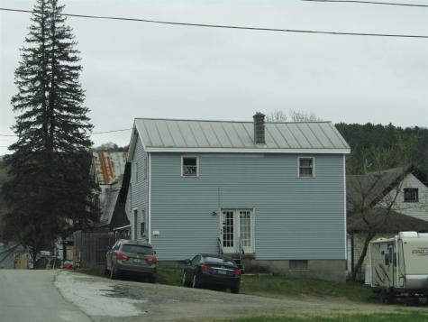1363 Creamery Road Ryegate VT 06069