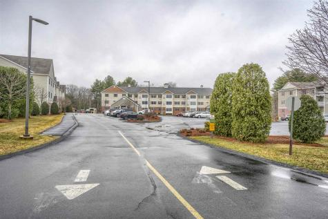 65 Fordway Extension Derry NH 03038-7286