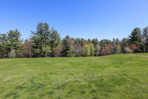 379 Winding Pond Road Londonderry NH 03053
