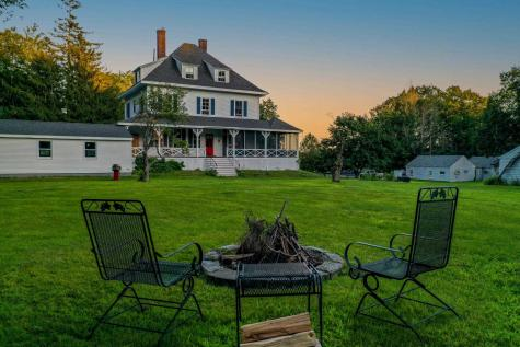 17 Forest Road Wolfeboro NH 03894