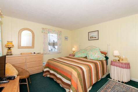 17 Wentworth Terrace Dover NH 03820