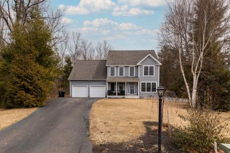 8 Clova Circle Stratham NH 03885