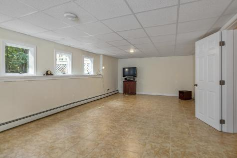 9 Mathes Cove Road Durham NH 03824