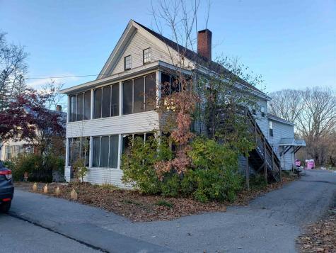 8 Chestnut Street Claremont NH 03743