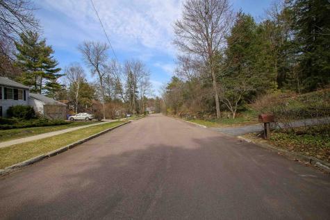 227 South Cove Road Burlington VT 05401