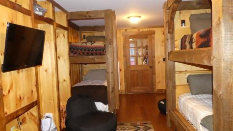 16 Hummingbird Lane Wilmington VT 05363