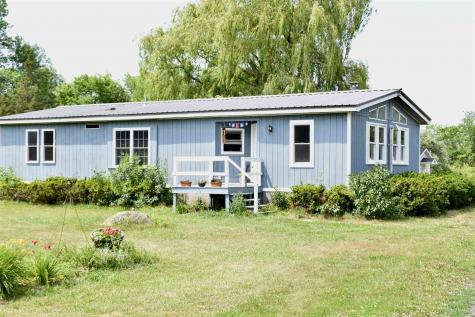 84 Hyde Road Grand Isle VT 05458