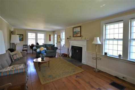 372 Cherry Hill Road Pomfret VT 05084