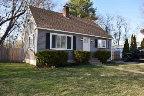 4 Lincoln Street Derry NH 03038