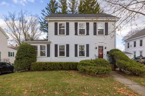 179 Woodbury Avenue Portsmouth NH 03801