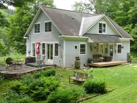 10 Number Nine Hill Road Fayston VT 05673