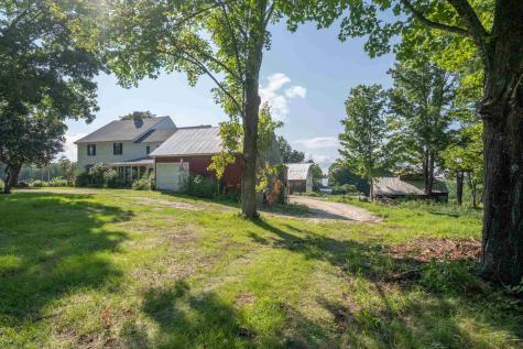 15 Middle Road Tuftonboro NH 03894