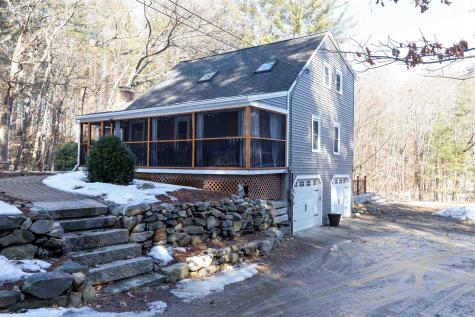43 Horace Greeley Road Amherst NH 03031