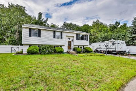6 Chicory Court Concord NH 03303