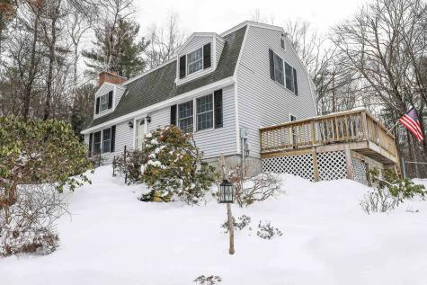 9 Holstein Avenue Londonderry NH 03053