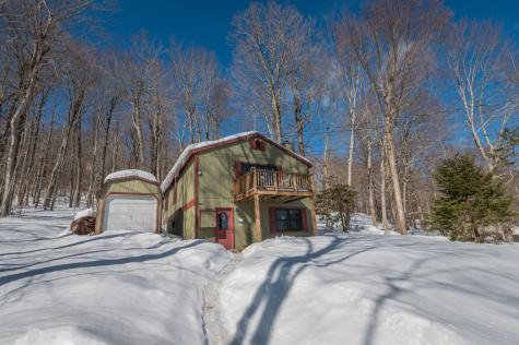 44 Howes Loop Wilmington VT 05363