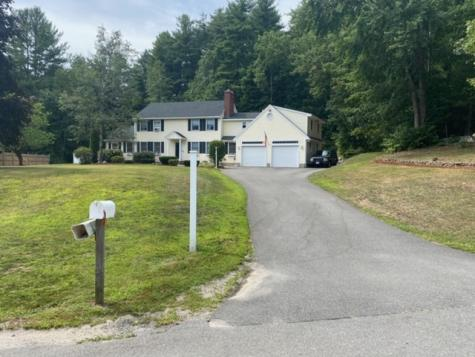 7 Columbia Drive Londonderry NH 03053