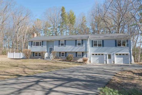 11 Lancaster Drive Londonderry NH 03053