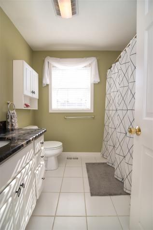 4 Whittemore Place Nashua NH 03064