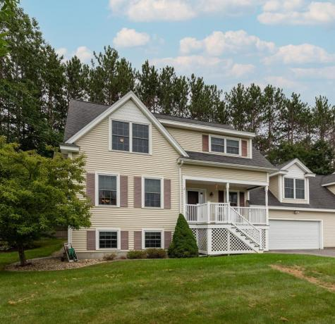 22 Trestle Way Dover NH 03820